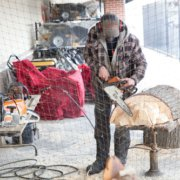 Chainsaw carving at Neu's Woodworking Show